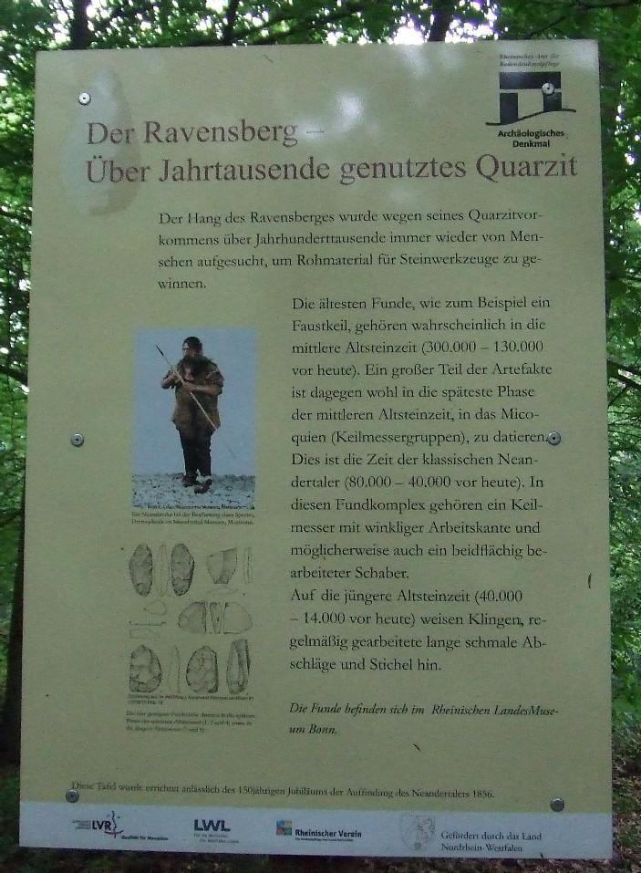 Schild an der Eremitage des Ravensbergs