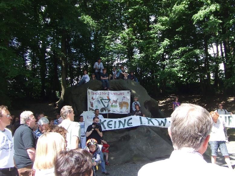 Demo für den Erhalt des Spicher Waldes am 30. Mai 2009
